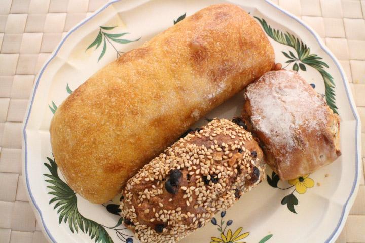 全粒粉と小麦粉の違いを知ってパンを選びにいこう01