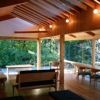 究極の家づくりとは、自然と融合する日本の伝統技術の完璧さ。