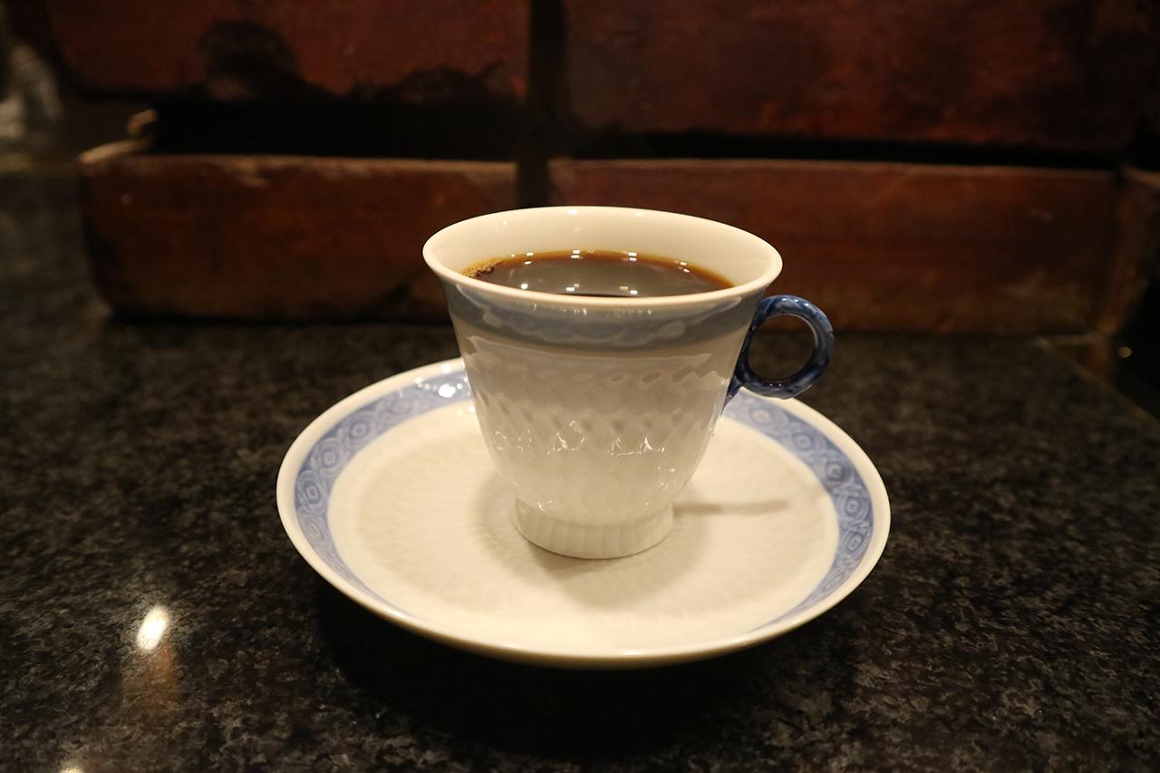 cafe-enseigne-dangle-05