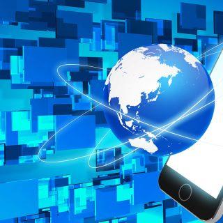 インターネットが、世界を繋ぐのか、破壊させるのか?