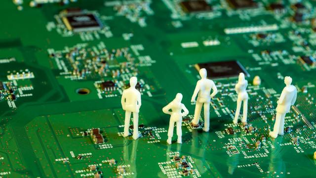 技術によって常識が崩れさる「覚醒」は、「働き方」改革に繋がるのか?