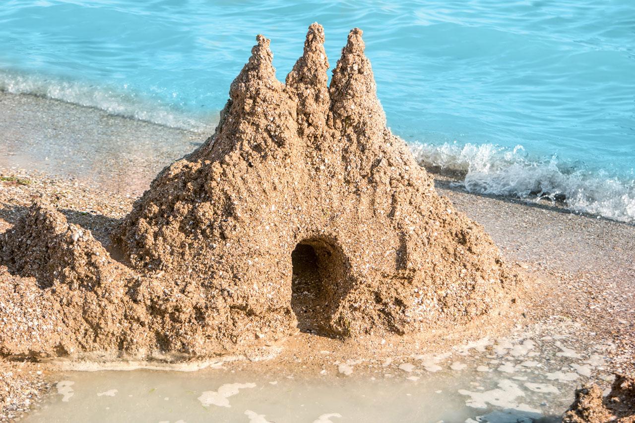 砂の城から愛と調和の土台にしよう