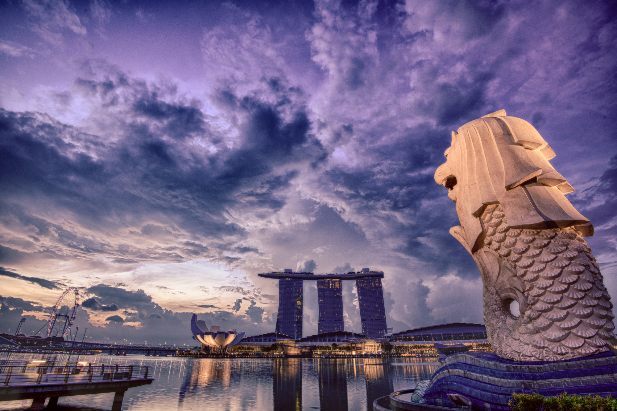 6月12日シンガポール米朝首脳会談決定!!マーライオンは何を思う?