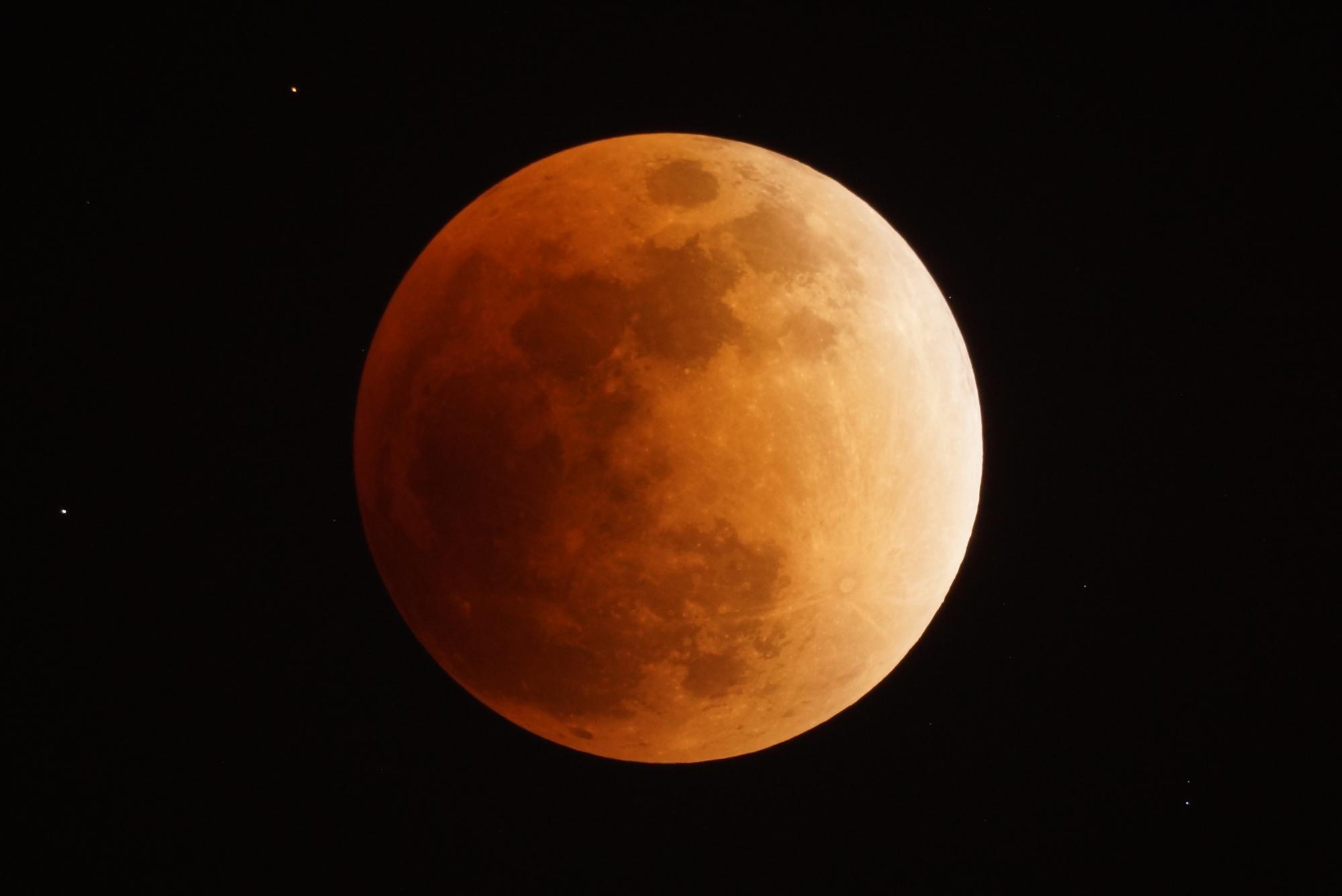 ブラッドムーン(7月28日)世界の終わりか・・!?大いなる起点は天国か地獄か。